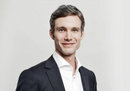 enformer interview Portraitfoto Julius Ecke