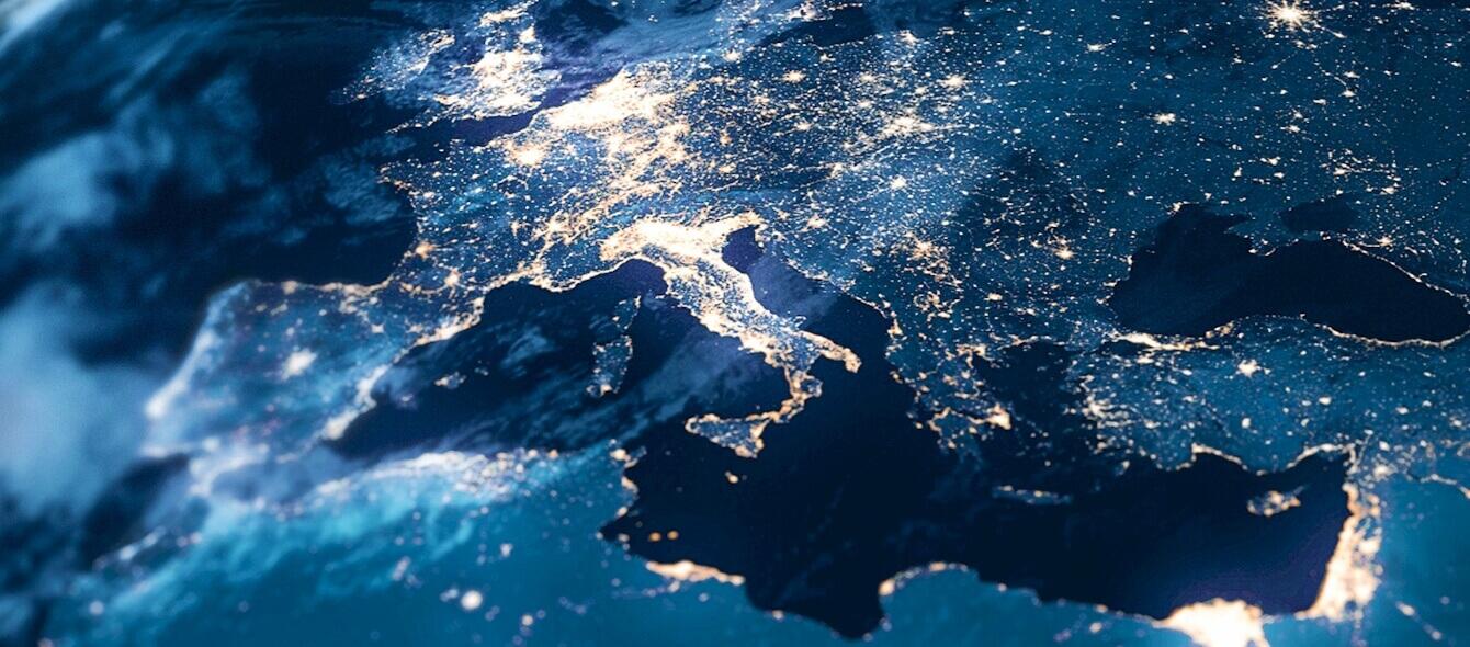 Stimmungsbild Aufnahme der Erde Europa bei Nacht