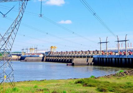 Aufnahme des Salto Grande Damms ziwschen Argentinien und Uruguay