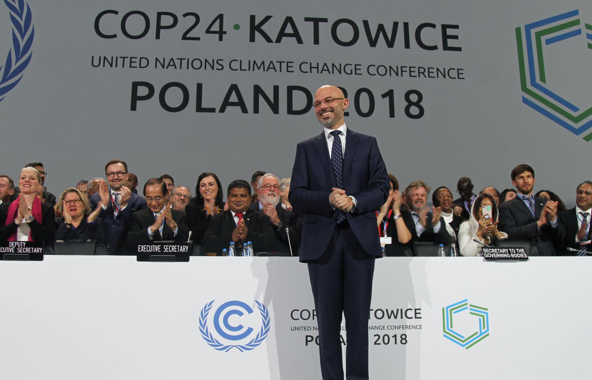 COP24-Präsident Michal Kurtyka bei der Abschlussveranstaltung im Plenum des UN-Klimagipfels in Kattowitz