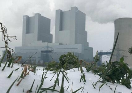 Versorgungssicherheit im enformer Kraftwerk Neurath im Winter